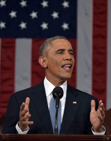 Обама: Русия подкрепя бунтовниците с оръжие, пари и войски