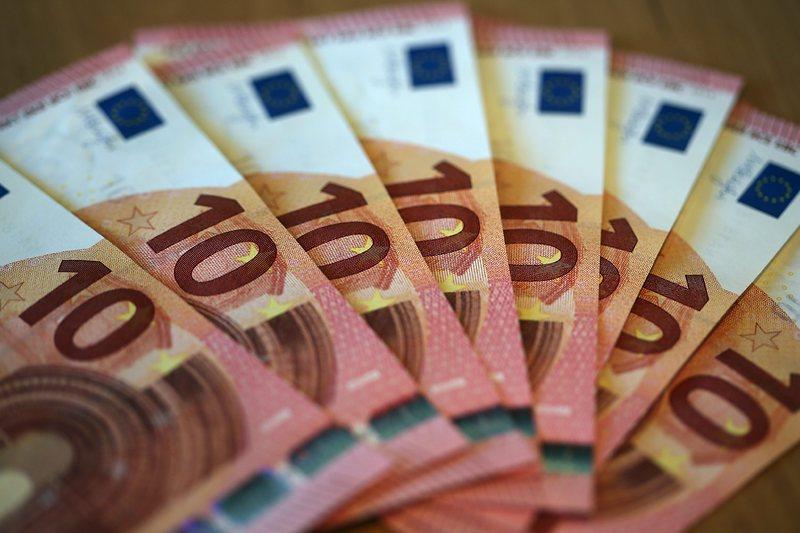 ЕЦБ: Намалява броя на фалшивите евробанкноти