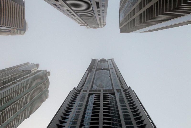 """Вдигат 200-метров небостъргач на бул. """"Черни връх"""""""