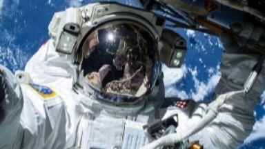 Руският екипаж от МКС излиза пак в открития космос през май
