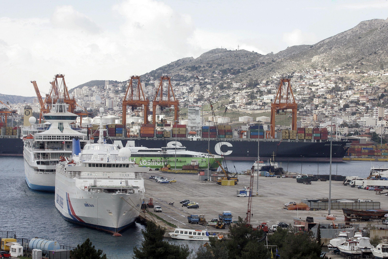 Китайски инвестиции превръщат Пирея в едно от най-големите средиземноморски пристанища