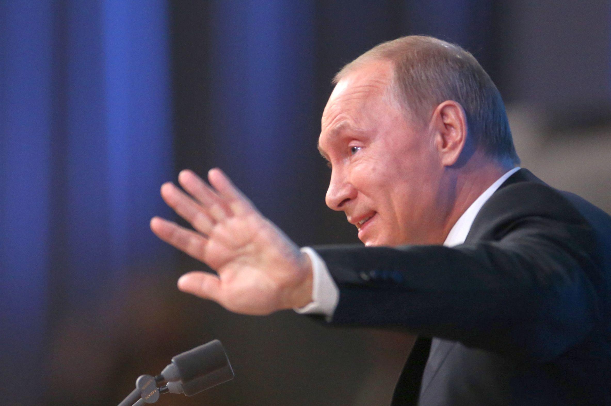 Путин задължи министрите да се отчитат за лични покупки