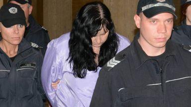 Адвокатката на акушерката, удряла бебе: Психическото й състояние не е изследвано достатъчно