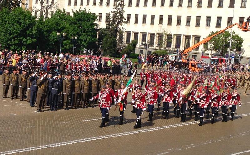 Военният парад без техника заради липса на пари