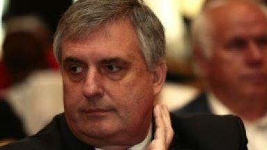 Ивайло Калфин: Заплати от 1000 до 3000 лева ще задържат част от напускащите България