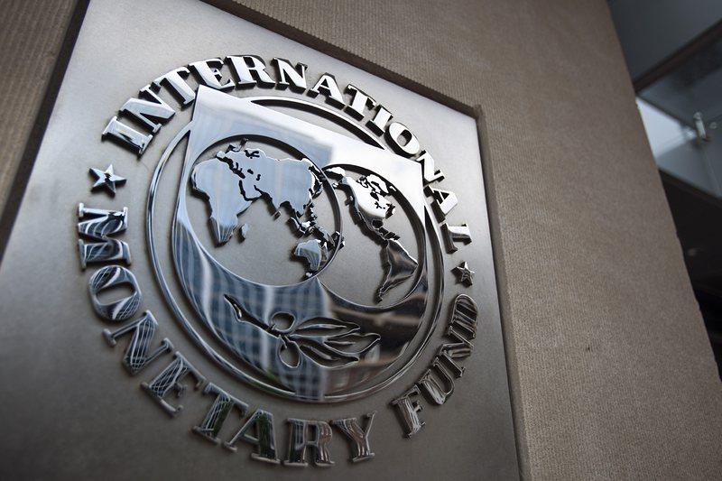 Гърция иска обяснение от МВФ за опит за шантаж