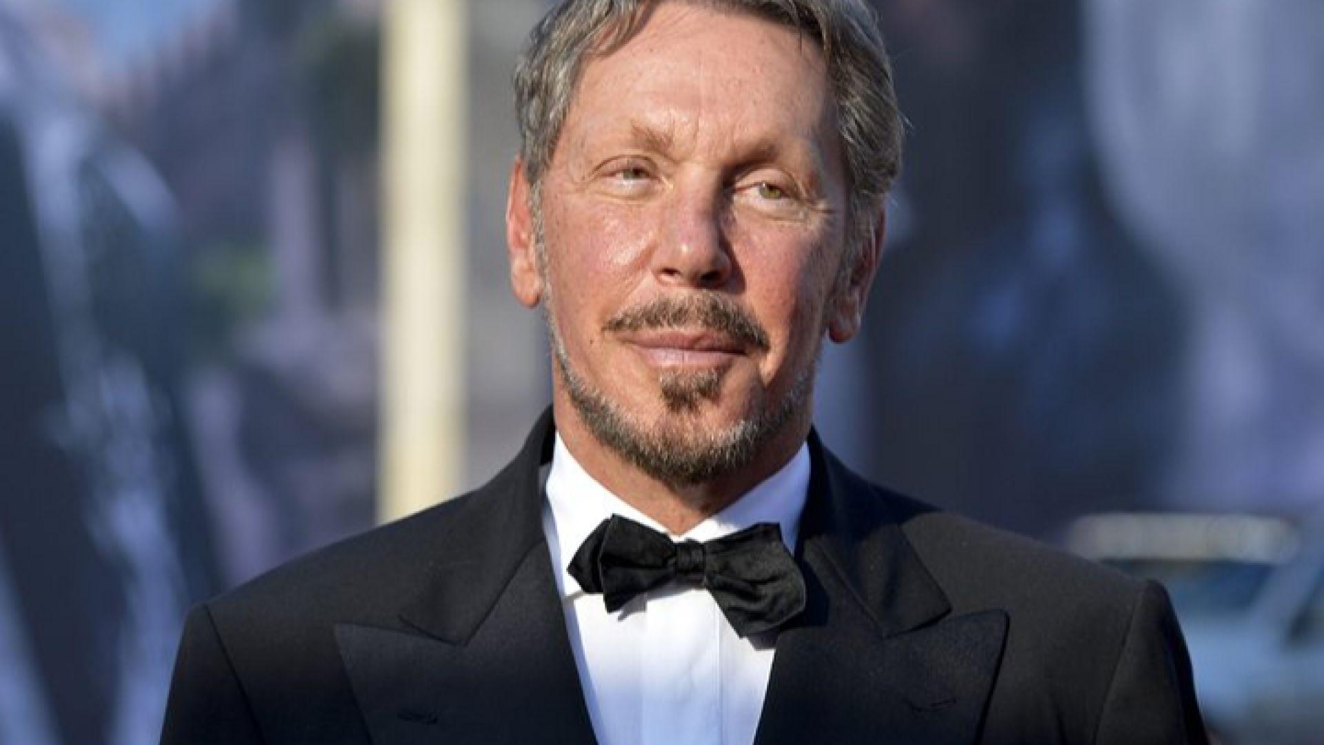 Основателят на Oracle втори по големина акционер в Tesla
