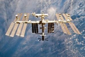 Инцидент събра руснаци и американци на закуска в космоса