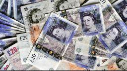 Гражданите в UK не вярват на банките