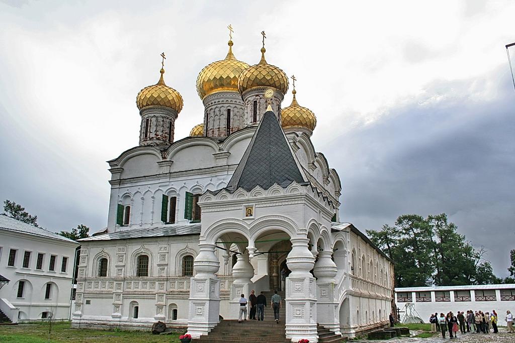 Местните избори в Русия са тест за парламентарните