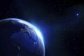 Астрономи за пръв път наблюдаваха планета с 3 слънца