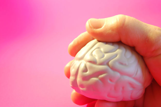 bfda8e24313 Чип в мозъка може да променя настроението | IT.dir.bg