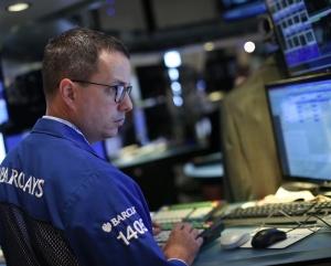 Китайски страхове на глобалните пазари, еврото пада след Новотни