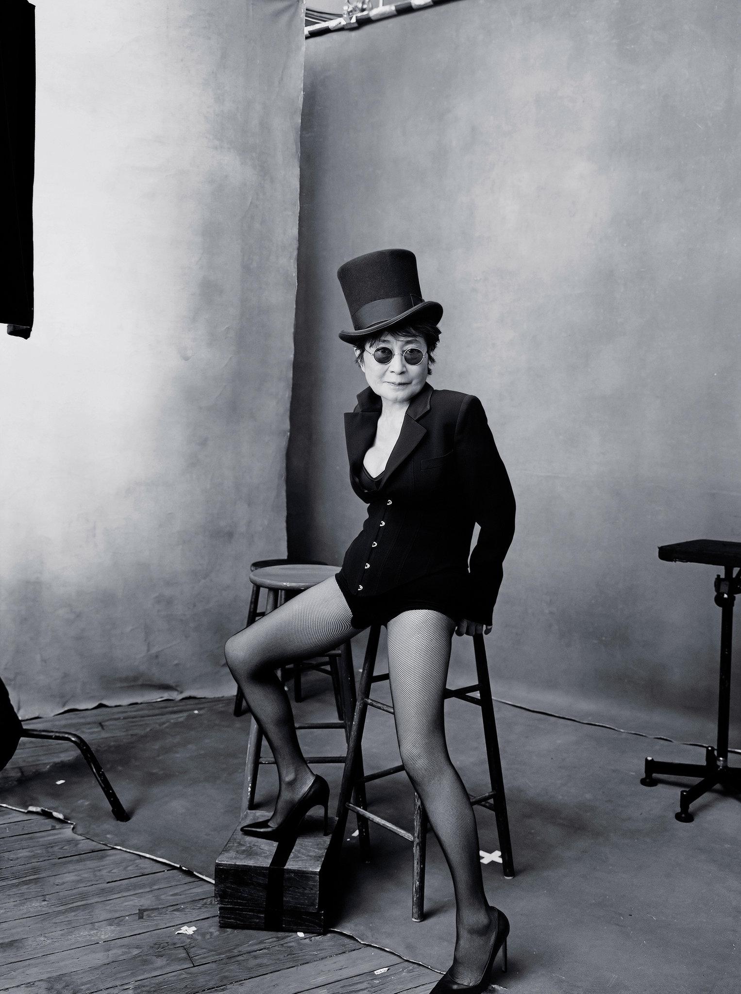 """Йоко Оно и Серина Уилямс в календара на """"Пирели"""""""