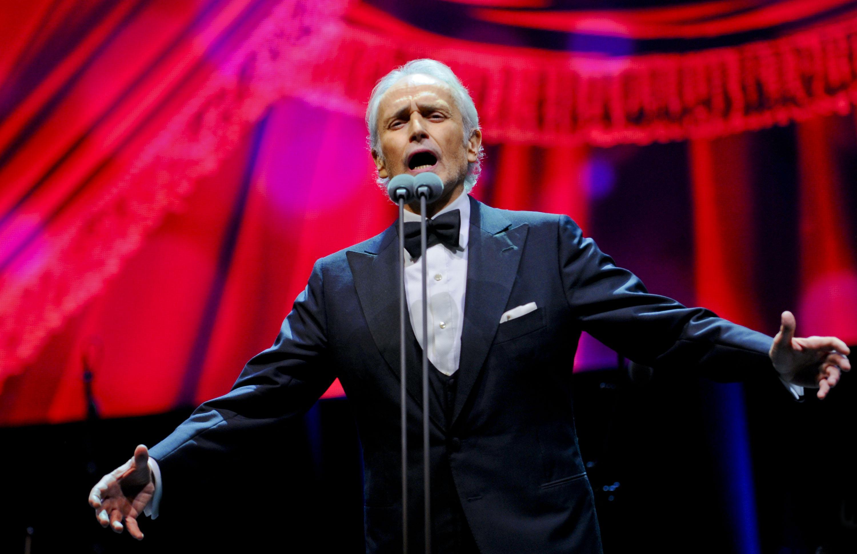 """Хосе Карерас ще пее в """"Арена Армеец"""" на 21 октомври"""