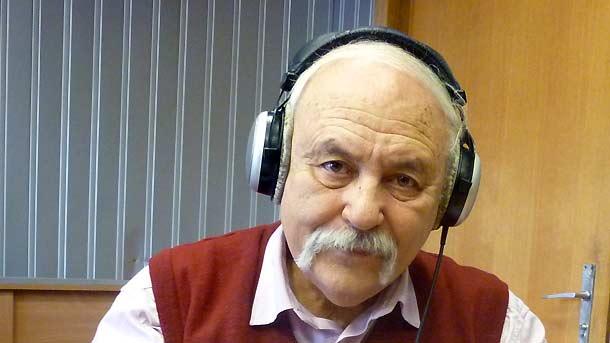 Почина сатирикът Йордан Попов