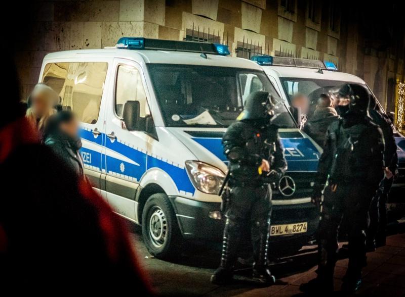 Започнаха арестите за сексуалните нападения в Кьолн