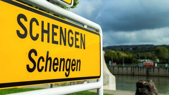 Връщането на граничния контрол в Шенген ще увеличи разходите за външна търговия, твърдят германски търговски организации