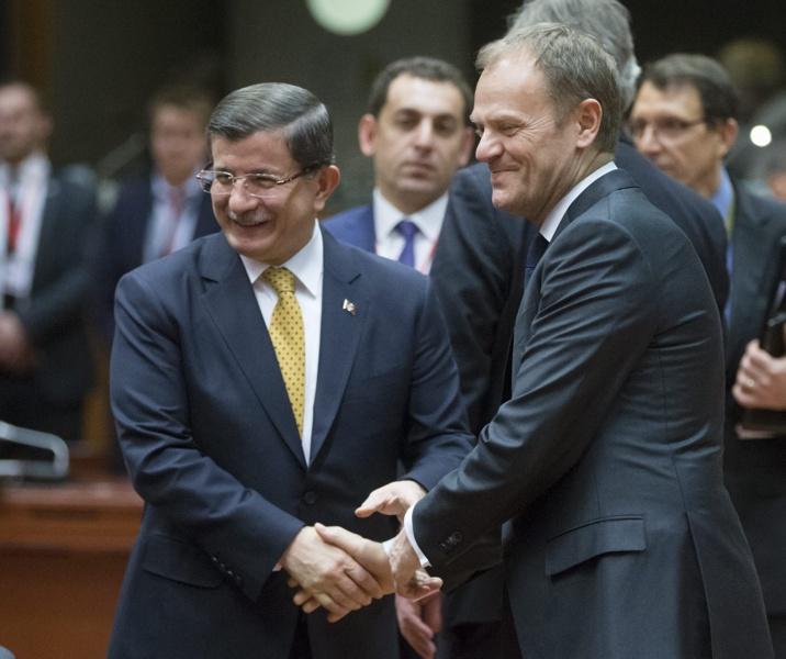 ЕС и Турция се споразумяха за бежанците