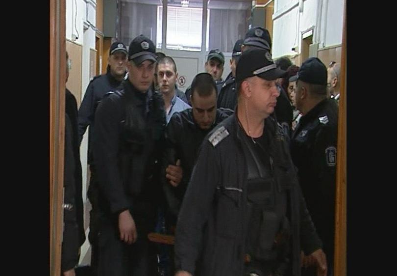 49 г. затвор за гардовете от мола, пребили Нягол до смърт