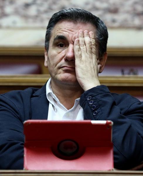 В Гърция чакат нов данъчен кошмар