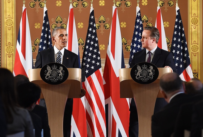 Обама към UK: Не напускайте ЕС! Ще останете на опашката.