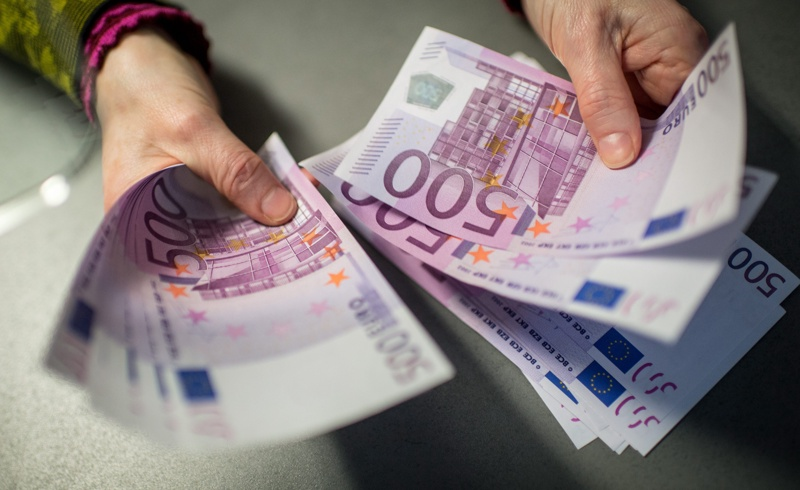 Гурбетчиите изпратили рекордни 1.1 млрд. евро у нас