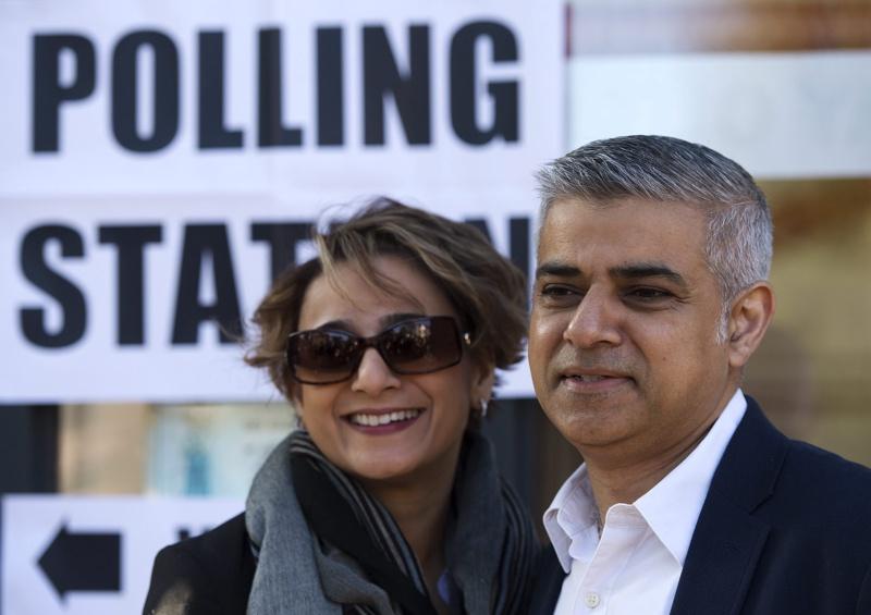Мюсюлманинът Садик Хан вероятно ще е новият кмет на Лондон