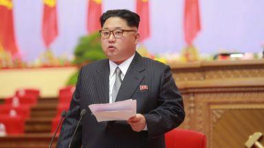 """Ким Чен-ун нарече """"разбойнически"""" санкциите срещу Северна Корея"""
