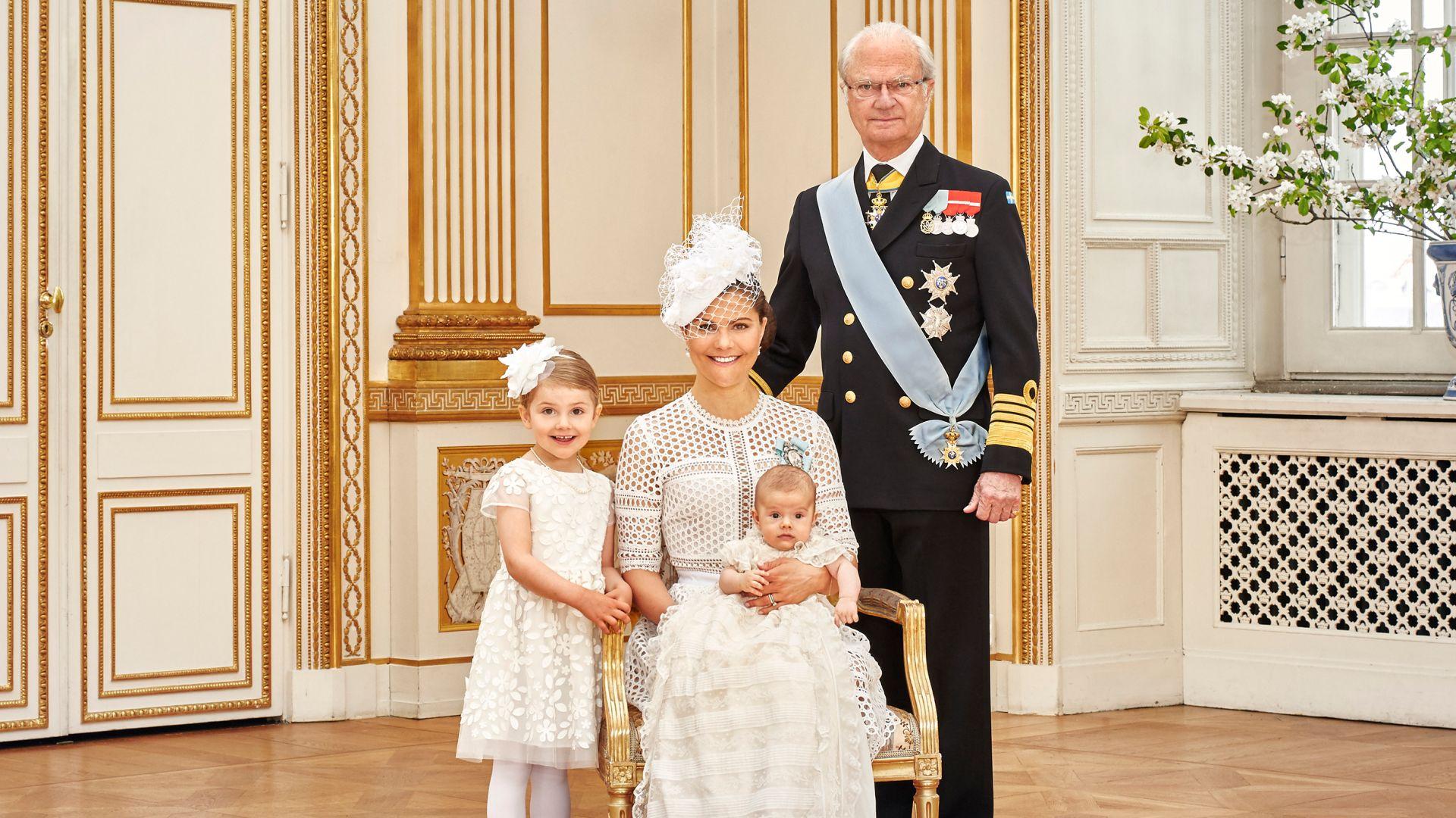 Петима от внуците на шведския крал вече не са официални членове на кралското семейство