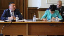 Правната комисия единодушно отхвърли ветото на президента върху Изборния кодекс