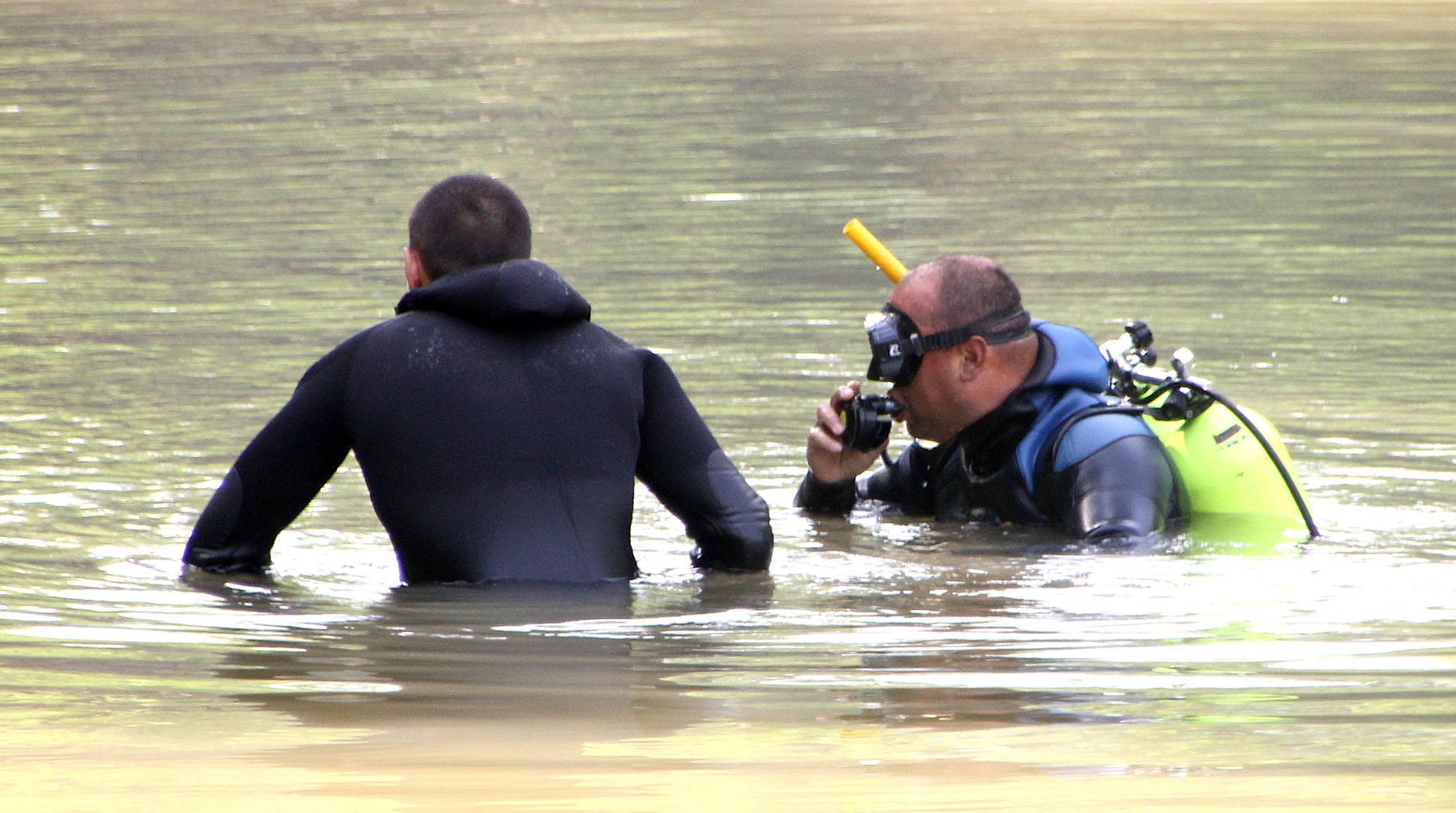 Трима мъже се удавиха в Янтра, водолази издирват още един, потънал в язовир