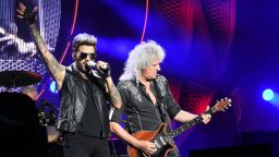 Вижте снимки и видео от концерта на Queen в София