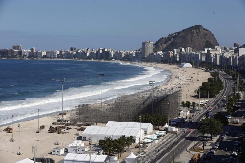Полицаите в Рио към пристигащите в града: Добре дошли в ада!