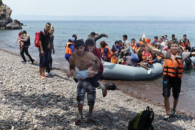 Българи от НПО замесени в трафик на мигранти от Турция към Лесбос