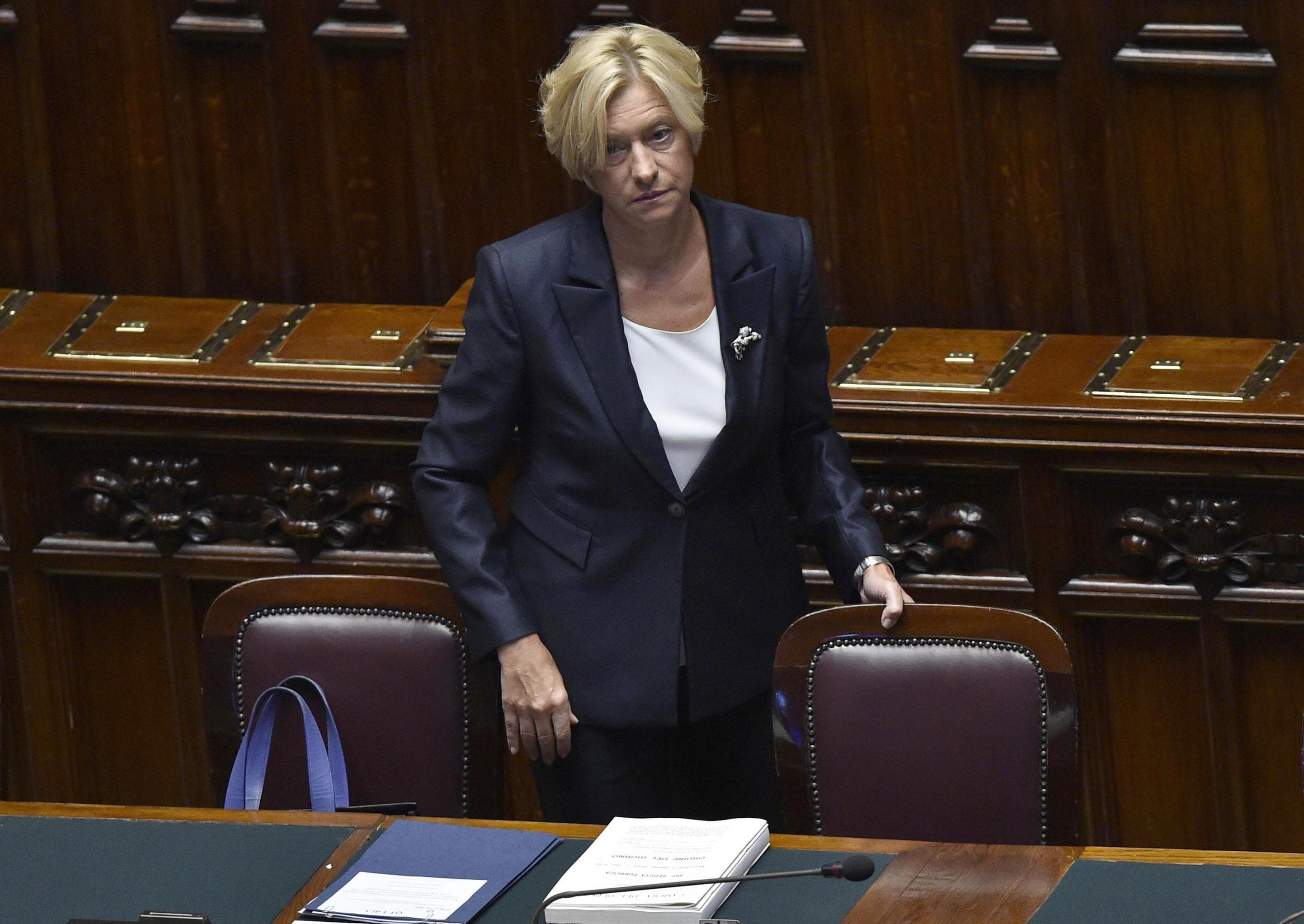 Италия се отваря за US самолети при атаките им в Либия