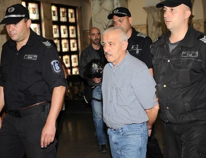 Съдии защитиха колежката си, пуснала Фарук Бекташ