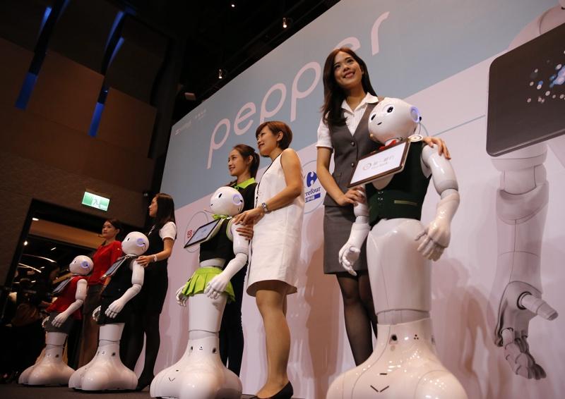 В бъдеще роботите ще завземат все повече работни места