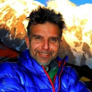 Боян Петров тръгва към Шиша Пангма и Еверест