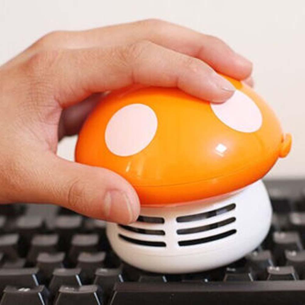 Настолна прахосмукачка-гъбка се грижи за чистотата на бюрото