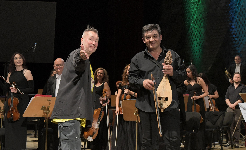 Найджъл Кенеди свири в София с гъдуларя Георги Андреев