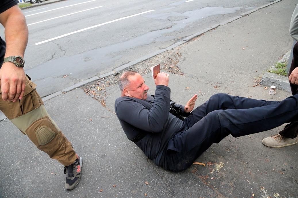 В Киев пребиха руски гражданин пред посолството на Русия