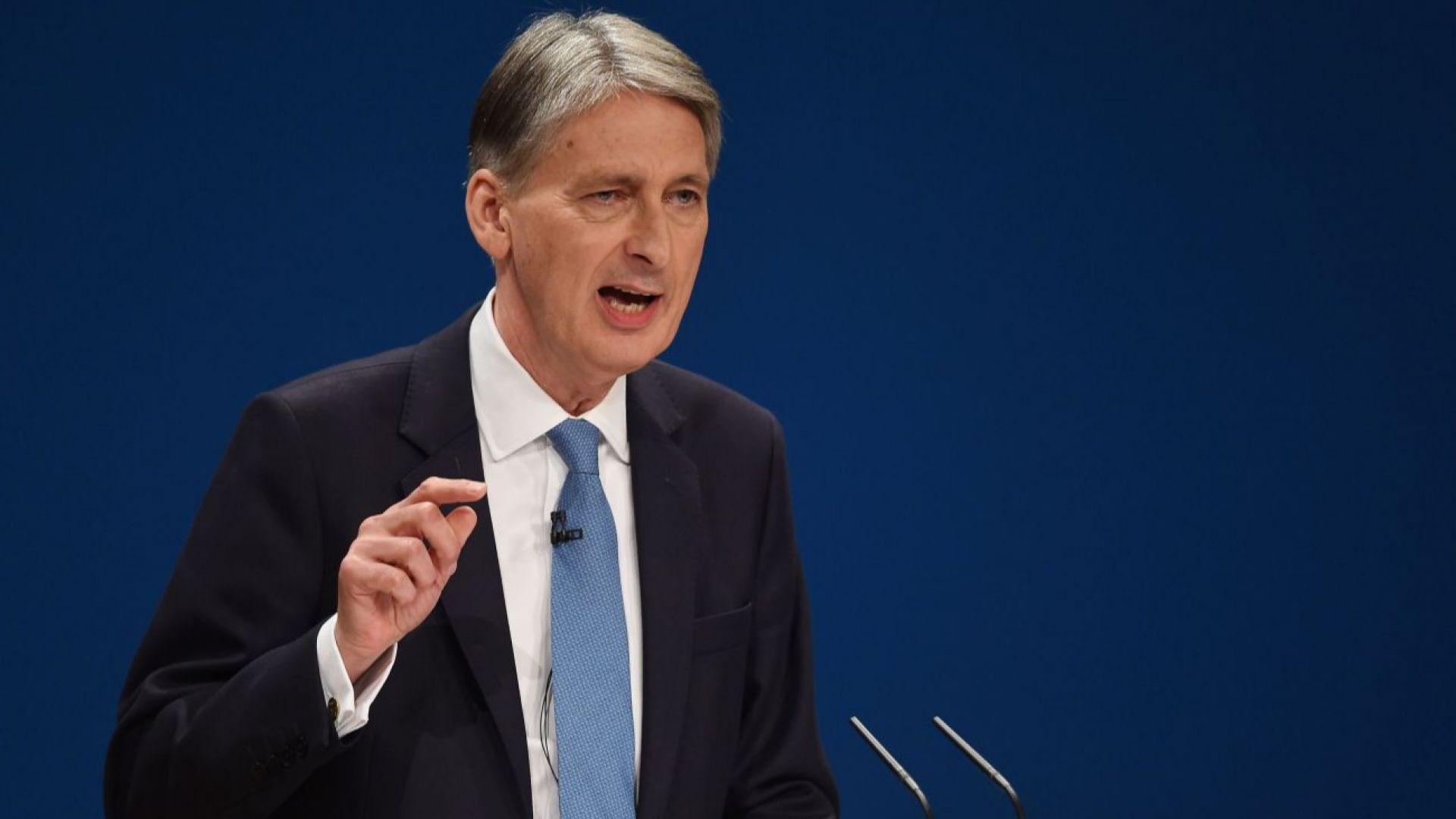 Британският финансов министър подава аставка при Брекзит без сделка