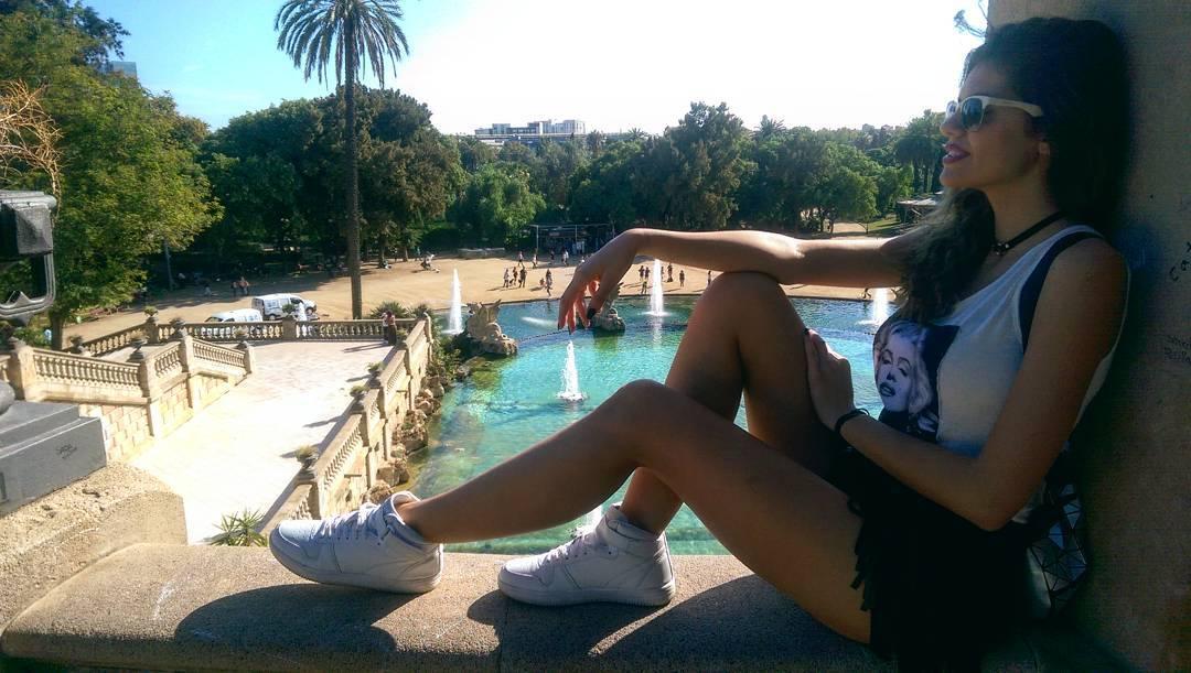 Михаела Филева в Парка на цитаделата, Барселона