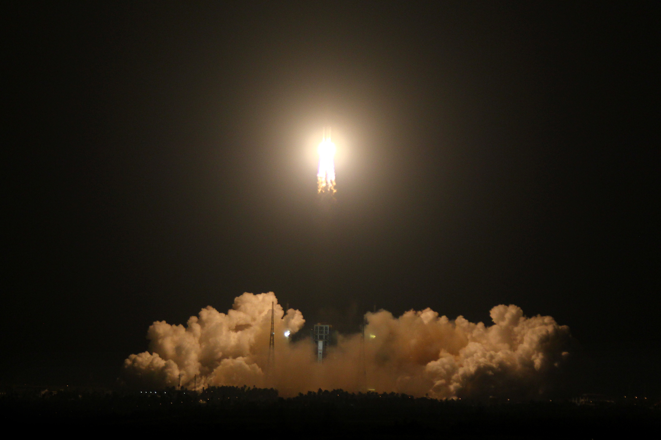 "Китай изстреля три спътника за дистанционно сондиране ""Яоган-30"""