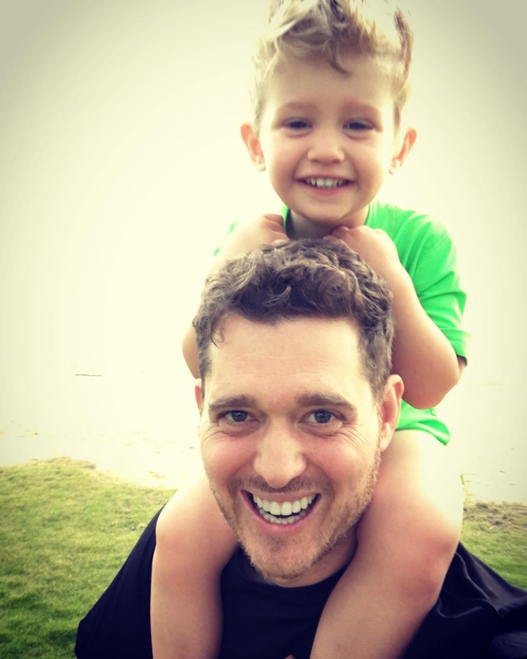 3-годишният син на Майкъл Бубле пребори рака