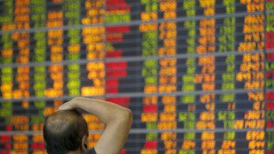 Пазарите потънаха след търговскатата война САЩ - Китай