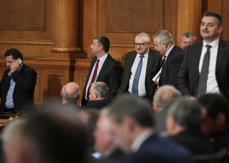 Бюджетът мина безпроблемно през 16 комисии