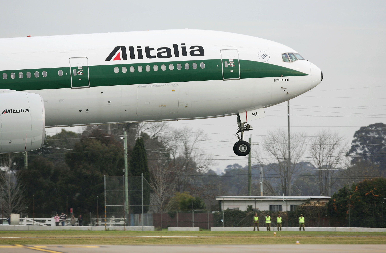 Стачки в Алиталия и Ер Франс объркват въздушния трафик