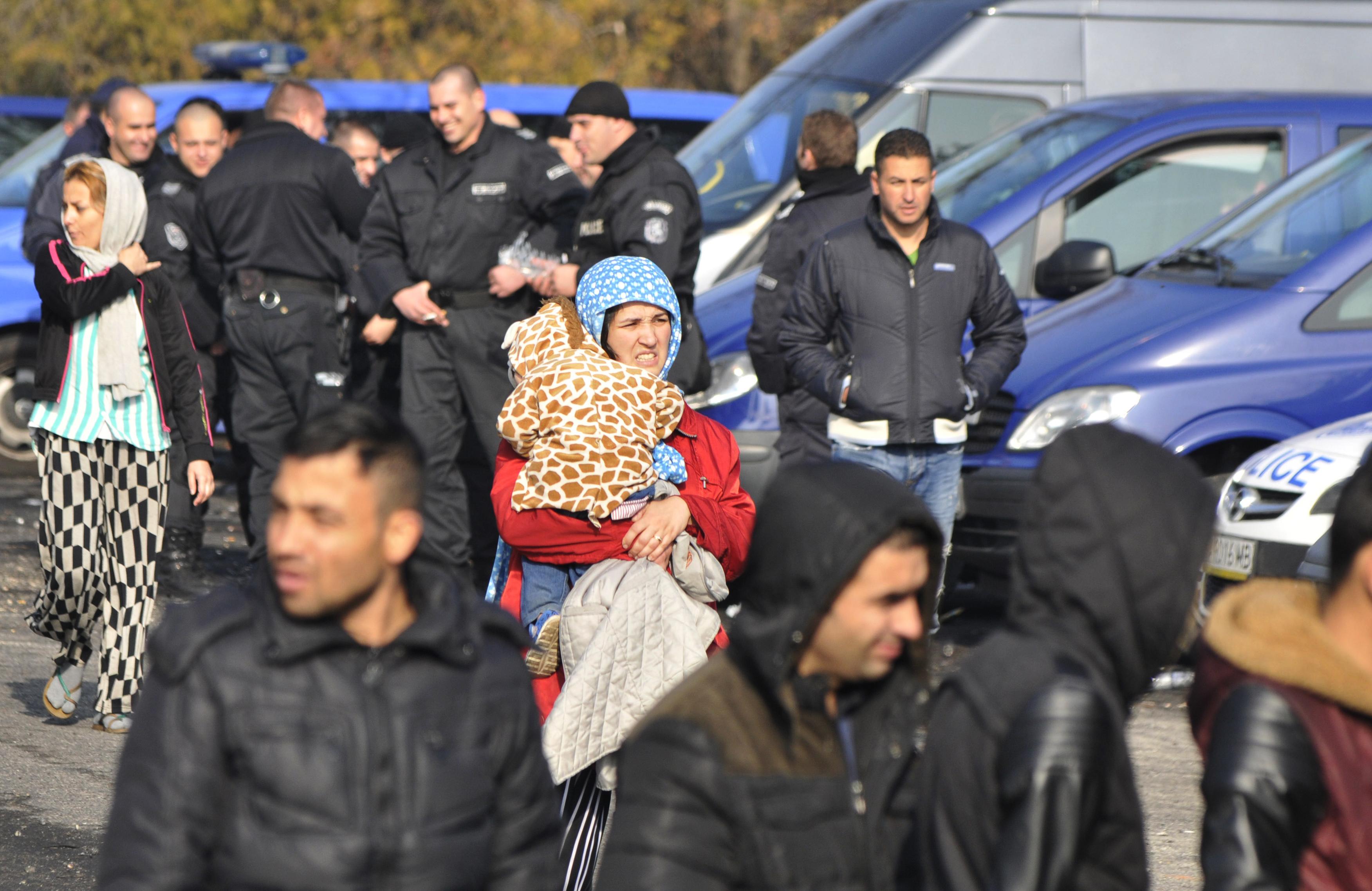 До 15 г. затвор и до 20 000 лв. глоба за трафик на бежанци